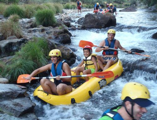 Kids on canoe – Best Pics of Week Four January